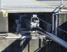 Miter gate-cylinder